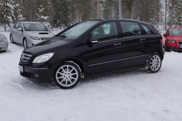 Mercedes-Benz B 200 (136 hv / 185 Nm)