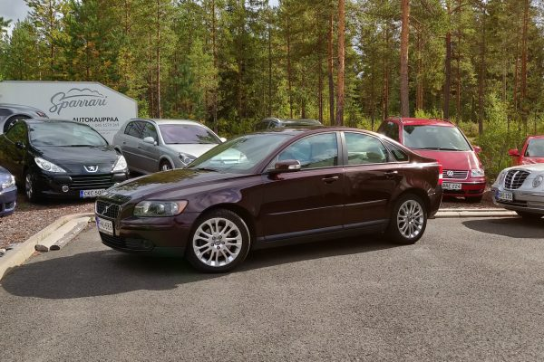 Volvo S40 2.5 T5 A Summum (220 hv / 320 Nm)
